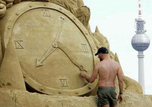 extreme sand sculpting 18