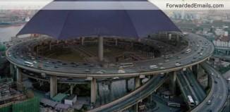 world-largest-biggest-umbrella-001.jpg