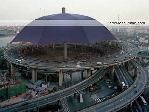 world-largest-biggest-umbrella-001