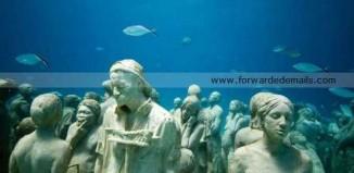underwater_human_reef_jason_de_caires_taylor_1.jpg