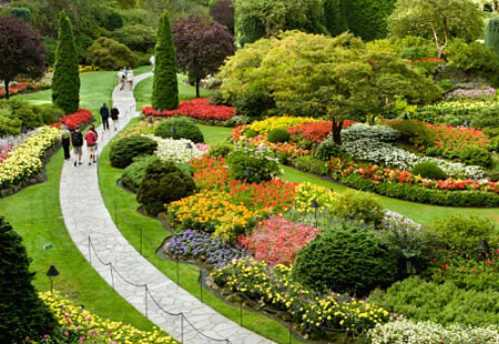 most-beautiful-park-in-the-world-Butchart-Gardens-Victoria-British-Columbia