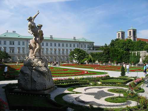 most-beautiful-park-in-the-world-Mirabell-Palace-Salzburg-Austria