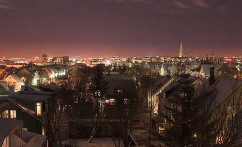 greenest-city-in-the-world-night-in-Reykjavik-Iceland