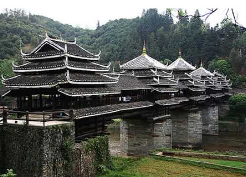 most-amazing-bridge-7th-Wind-and-Rain-Bridge-China-Dong-peoples-bridge