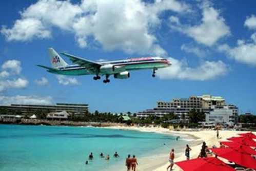 most-dangerous-airports-Princess-Juliana-International-Airport-Saint-Martin