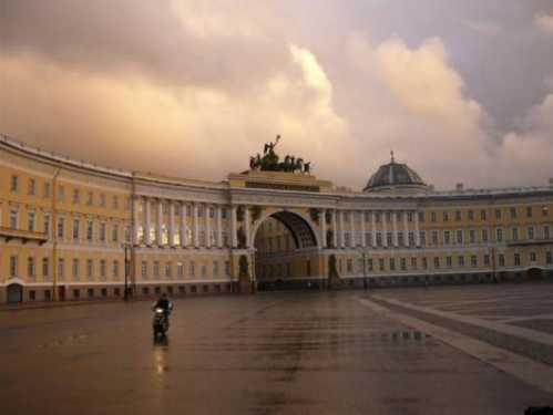 top10 beautiful buildings winter  palace russia