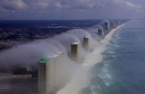 Amazing Cloud Tsunami Pictures of Panama City Beach [Fwd: Amelia]