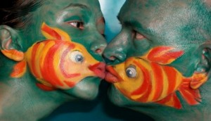 Lets make fish faces with one another! [Fwd: Mark Dave]