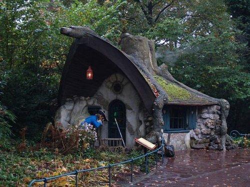 fairy tale houses 23