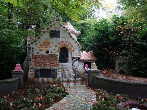 fairy tale houses 24
