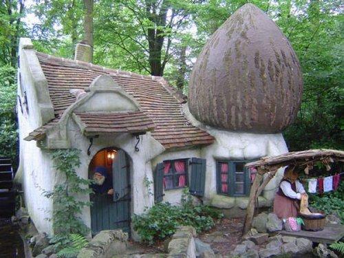 fairy tale houses 37