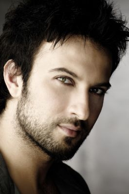 Handsome men in the world [Fwd: Saravanan]