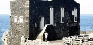 smallest_hotel_1.jpg