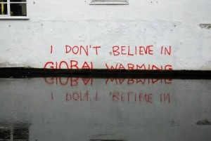 Crazy Photos Questioning Global Warming [Fwd: Sharon Rajkumar]