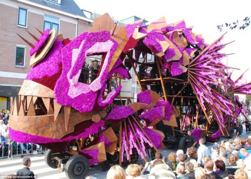 flower parade 12