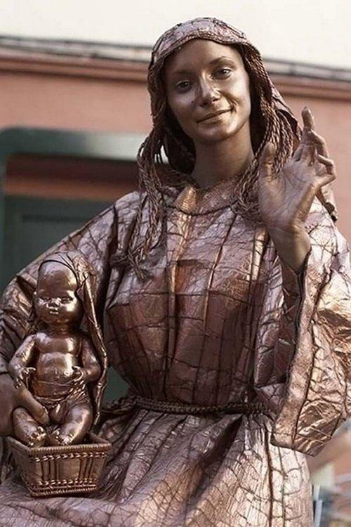 living statues 11