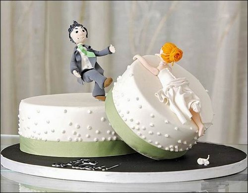 divorce Cakes 1