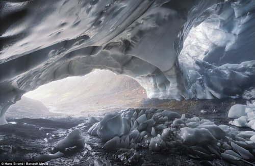 melting glacier 9