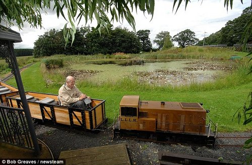 pensioner loves train 1