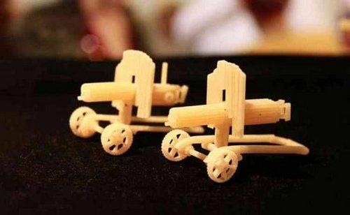pasta sculptures 10