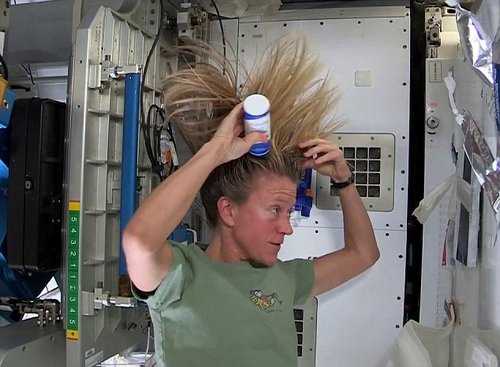 hair wash in space 2