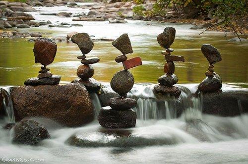 rock balancing 4