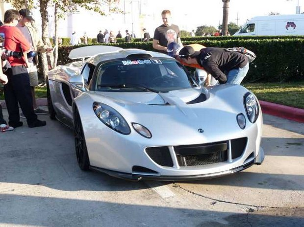 Hennessey-Venom-GT-USD1-million