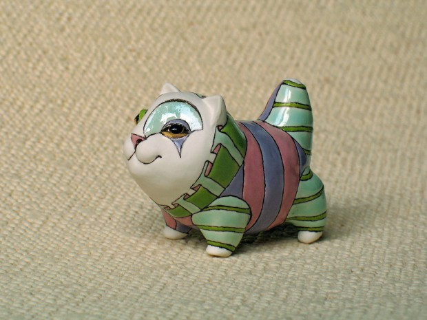 porcelain-and-ceramic-painted-cats-05